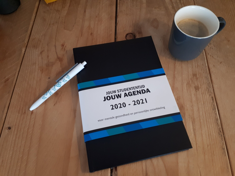 STUDENT AGENDA 2020 - 2021 17x24cm
