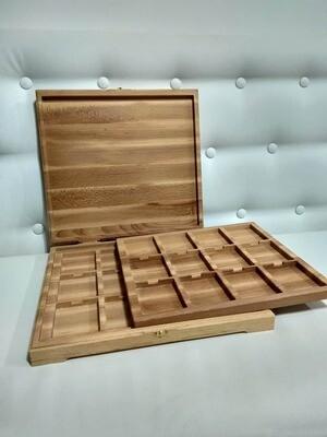 Деревянный футляр для 24 монеты в грейде NGC. Материал: Бук.