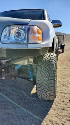 Toyota Tundra 00-06 HID Projector Retrofit Headlight Kit