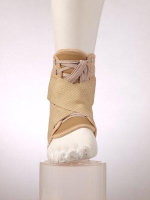 F 2010 Фиксатор голеностопа со шнуровкой
