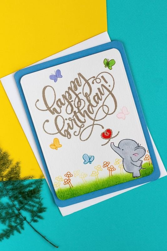 Blowing Birthday (Elephant)