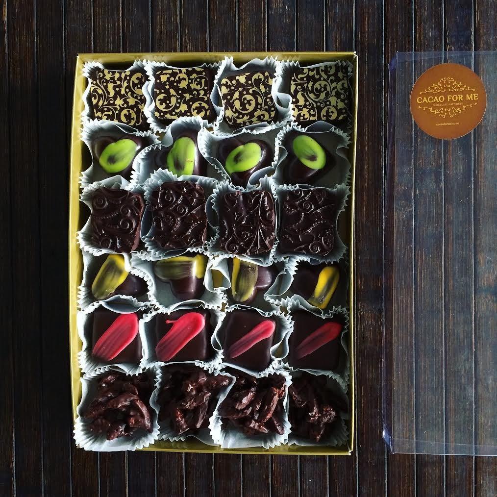 SPECIAL 24 pcs chocolate box