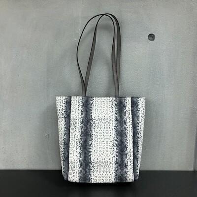 Daisy - Grey & White