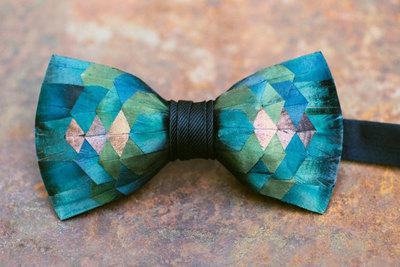 Brackish Keel Bow Tie