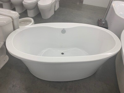 White Oval Free Standing Tub