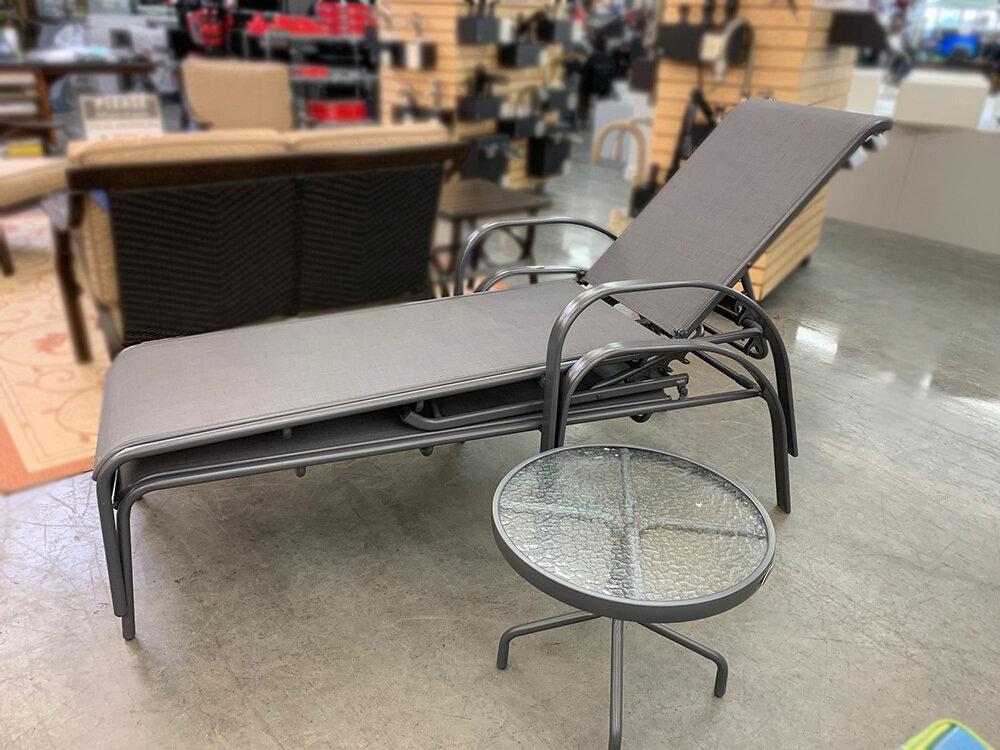Gray 3 PC Set Lounge w/Side Table