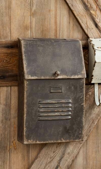 Cottage Mail Box