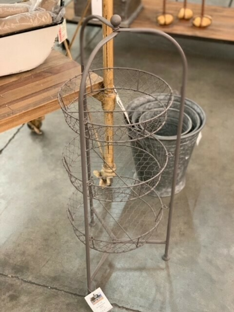 Wire Baked Goods Basket