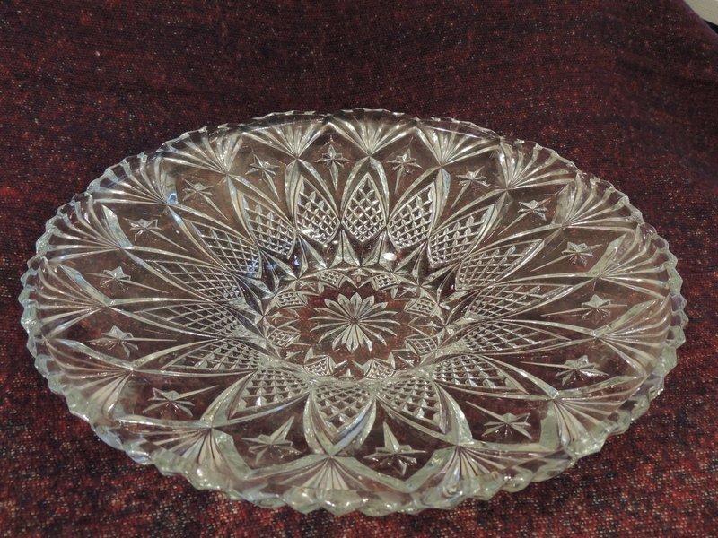 Oud glazen schaal