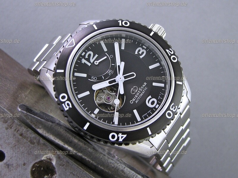Orient Star Open Heart Automatik Uhr RE-AT0101B00B