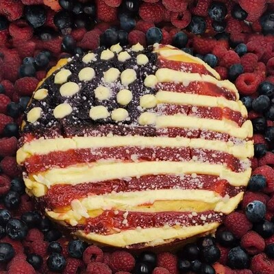 Fourth of July American Flag Cake