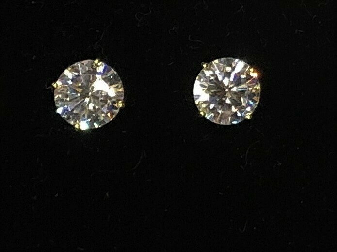 1 Carat Cubic Zirconia Stud Earrings in Sterling Silver