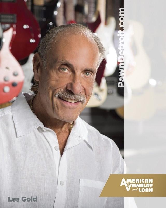 Autographed Headshot Photo of Les Gold