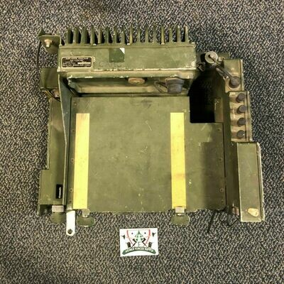 VEHICULAR AMPLIFIER ADAPTER RADIO MOUNT HUMVEE HMMWV M998 AM-7239/VRC