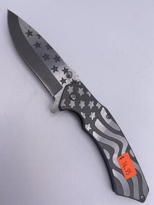 SILVER AMERICAN FLAG STEEL KNIFE