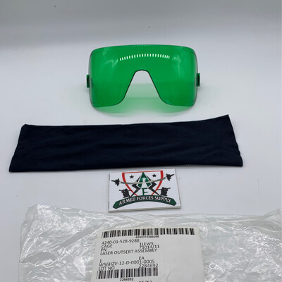 New Avon Laser Outsert Assembly Fits The M50, FM53 And C50 Gas Mask. Protection Pouch Included Gas Mask Not Included In Picture Lens Only NSN#4240-01-528-9288 P/N 71014/11