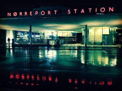Nørreport station en regnvejrs tung aften 30*40 cm