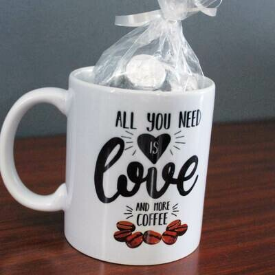 Taza All you need is love and more coffee