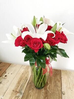 Baco - Jarrón de Rosas y Lilis