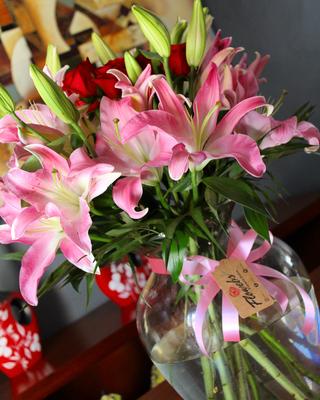 Jarron de Lilies Orientales