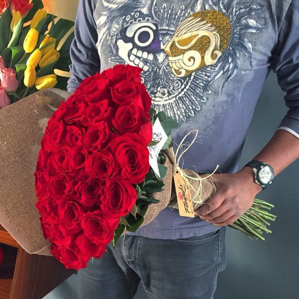 Bouquet tradicional de 50 Rosas