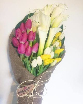 Bouquet Alcatraces y Tulipanes