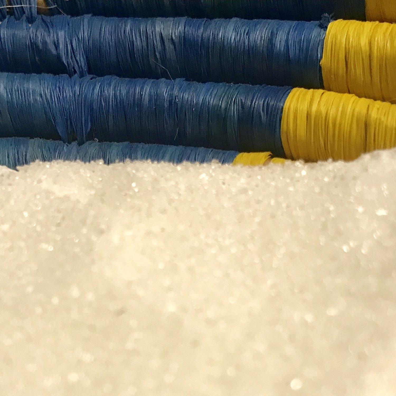 Donate a Christmas gift of 5 kilograms of sugar to an artisan's family
