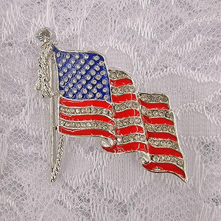 Waving American Flag Brooch