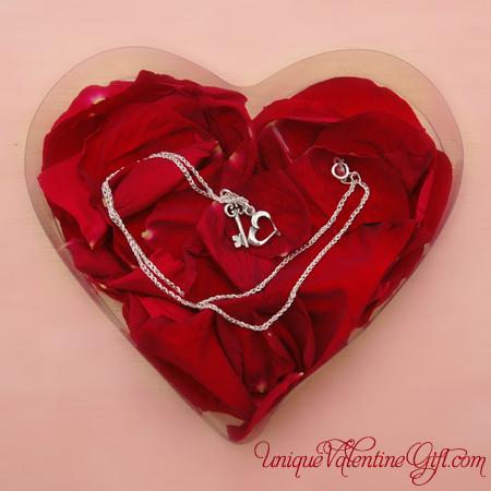 Valentine's Day - Key to My Heart Love Box