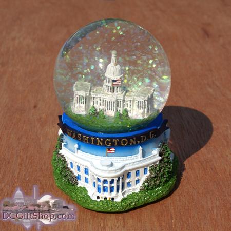 Snow Globe - U.S. Capitol - NT54 - DC8008
