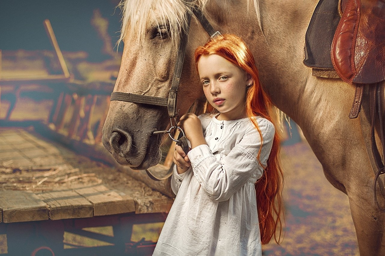"Video_lesson ""Red haired girl with horse"""