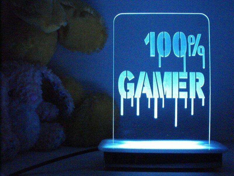 100% Gamer Night Light