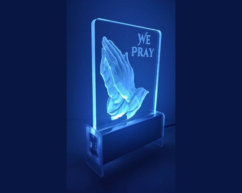 Prayer Hands QT 3D Light