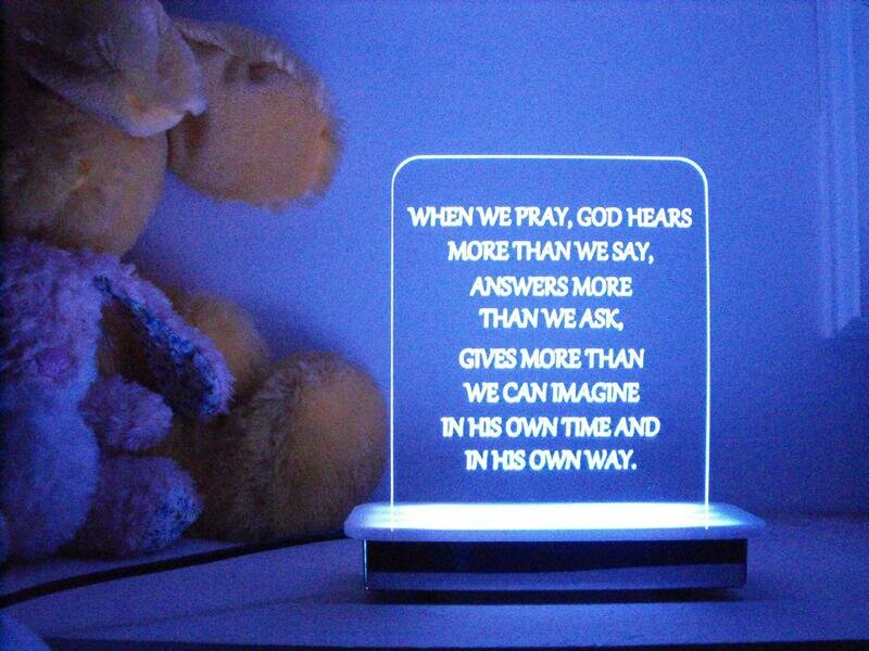 When We Pray, God Hears Night Light