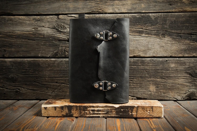 Чёрный блокнот А4 из сыромятной кожи