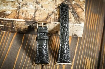 Черный кожаный ремешок для Apple Watch из кожи крокодила