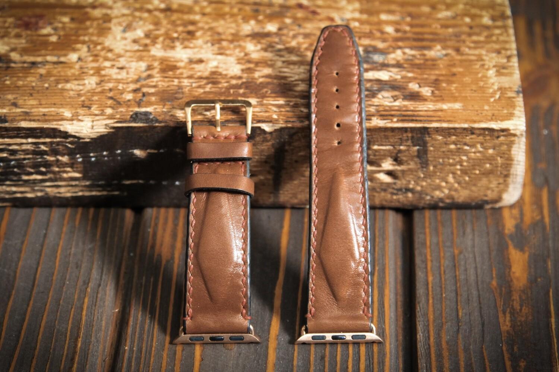 Коричневый кожаный ремешок для Apple Watch 4 и 5