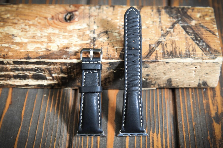 Чёрный кожаный ремешок для Apple Watch 4 и 5