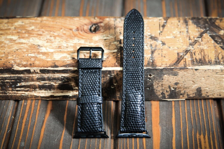 Черный кожаный ремешок для Apple Watch из кожи ящерицы