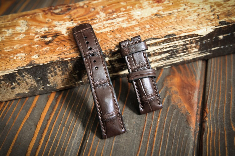 Коричневый кожаный ремешок для часов из кожи крокодила