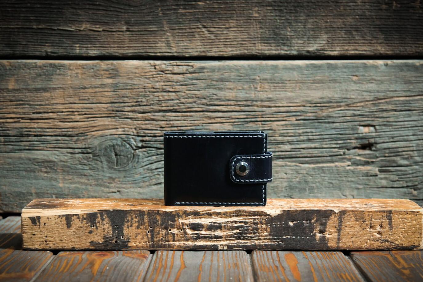 Синий кошелёк из натуральной кожи