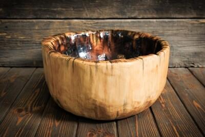 Раковина ручной работы из массива кедра