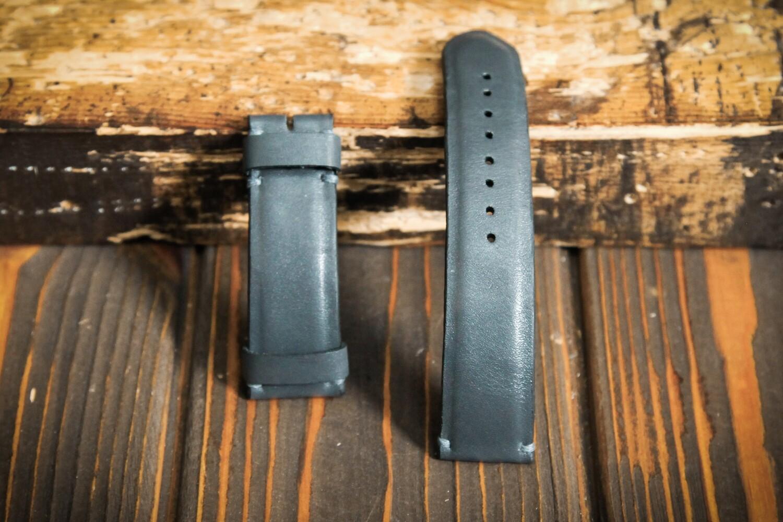 Серый кожаный ремешок для часов 24 мм