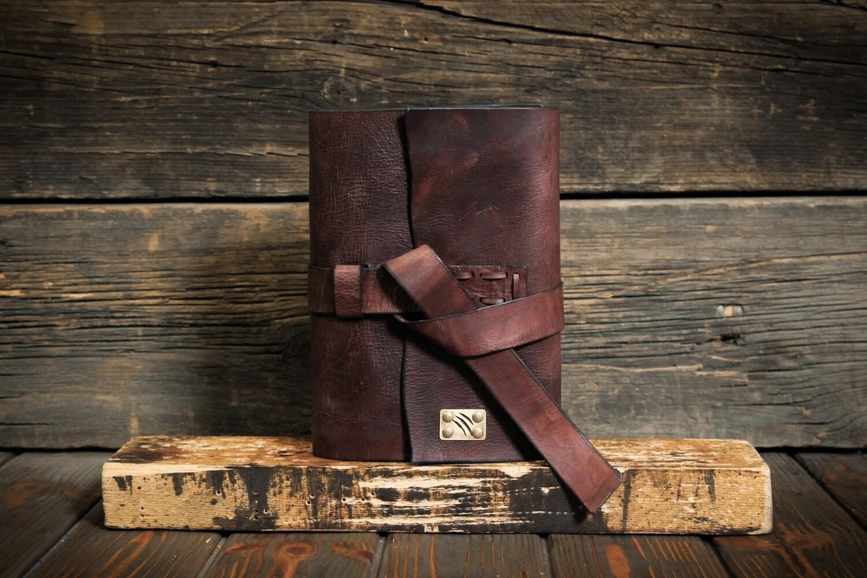 Блокнот А5 коричневого цвета из состаренной кожи