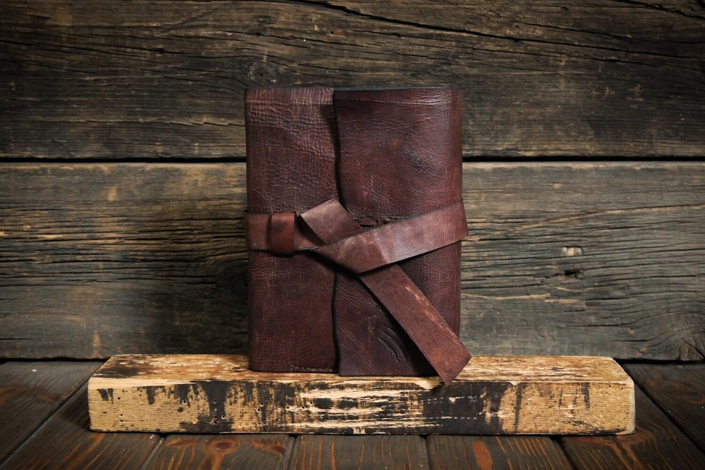 Обложка для ежедневника (без ежедневника) А5 коричневого цвета из состаренной кожи, держатель для ручки