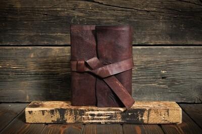 Ежедневник А5 коричневого цвета из состаренной кожи