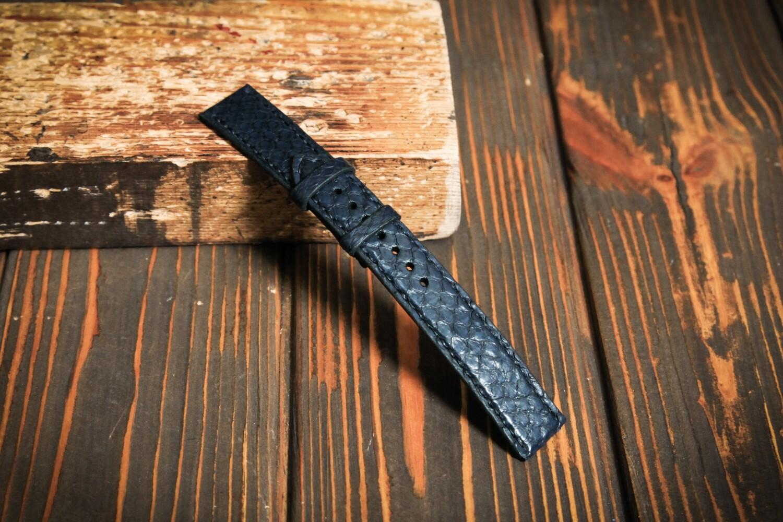 Размер L. Синий кожаный ремешок для часов из кожи питона