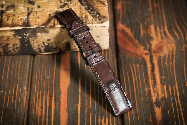 Размер M. Коричневый кожаный ремешок для часов из кожи крокодила