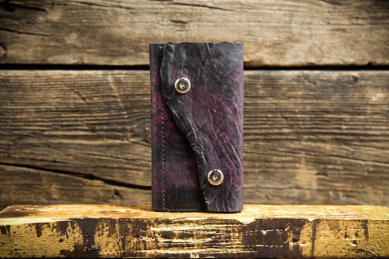 Фиолетовый кошелёк из сыромятной кожи