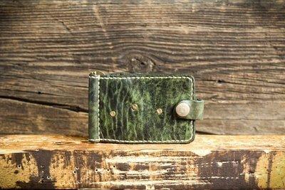 Зеленый зажим для купюр из сыромятной кожи